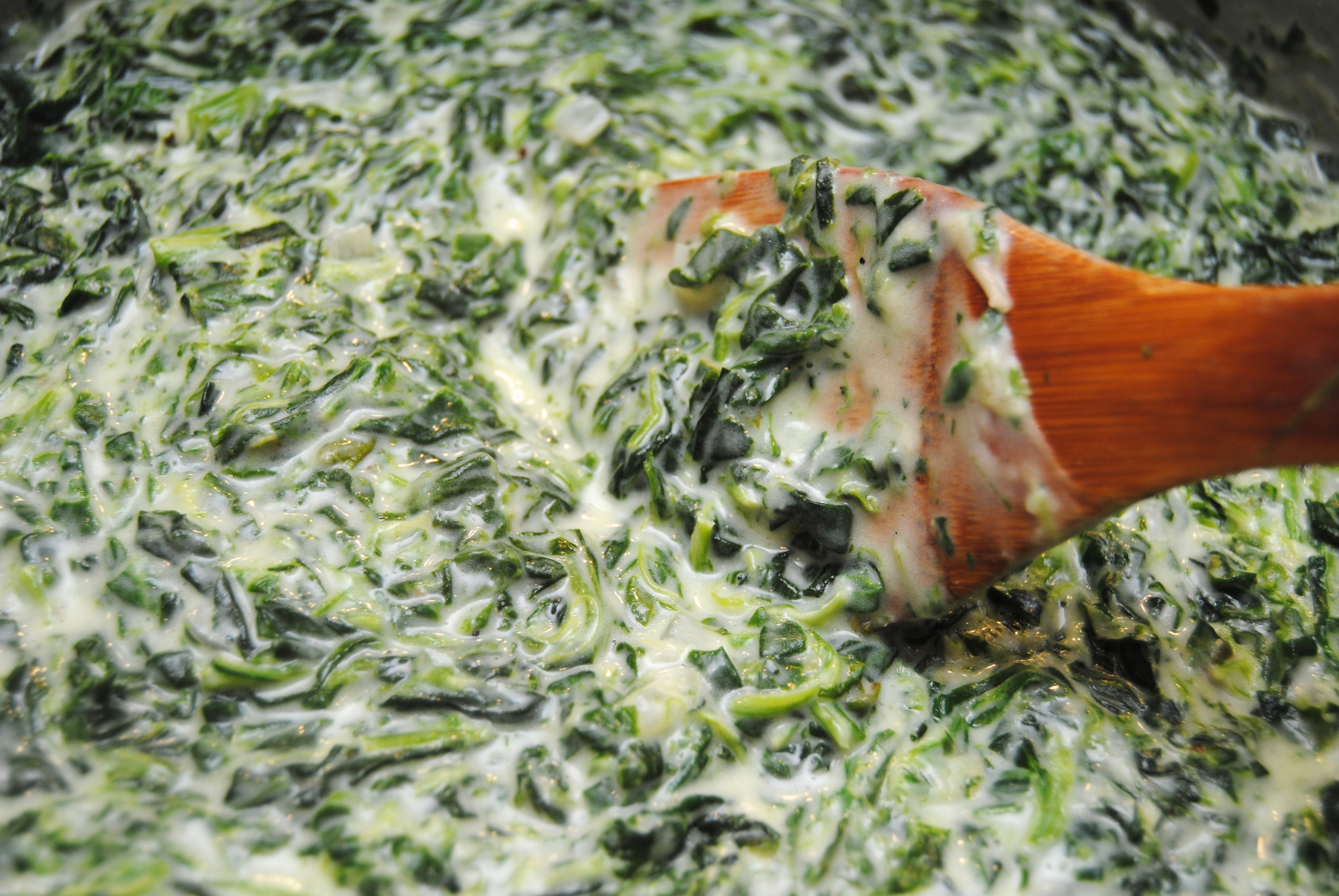 Creamed Spinach | Biscuits 'n Crazy